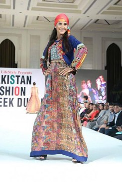 Gul-Ahmed-PFW-Dubai-2014-Summer-Collection-4
